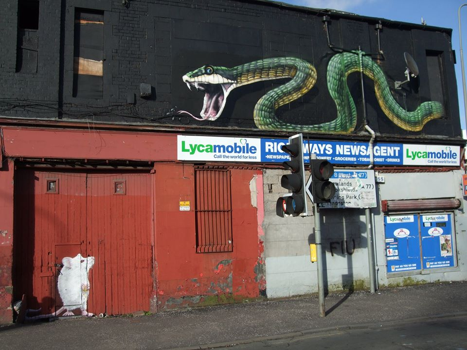 Gorbals snake and mouse mural