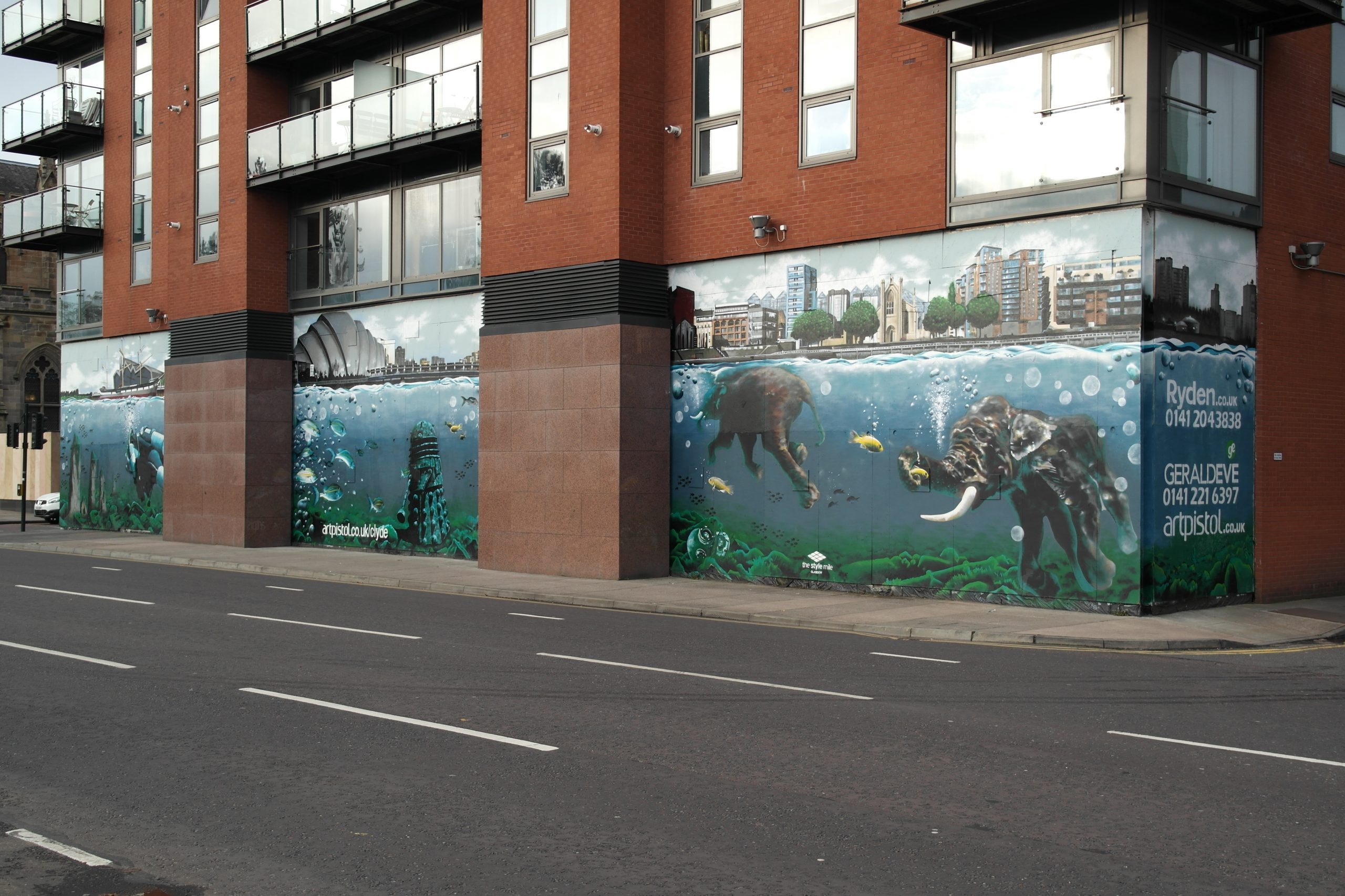 Elephant mural Glasgow