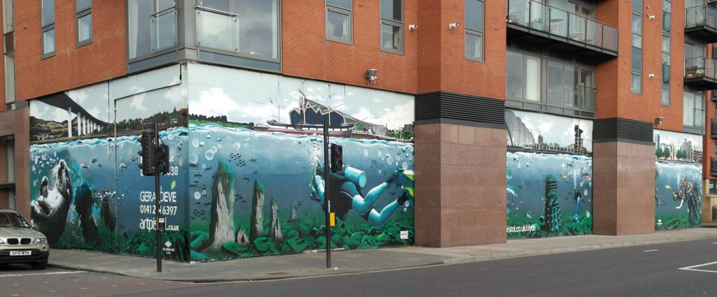 Diver and otter mural Glasgow