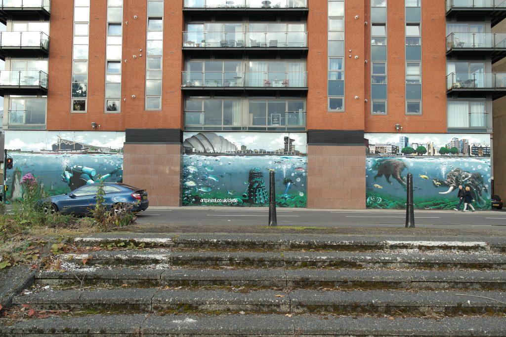 Street art River Clyde