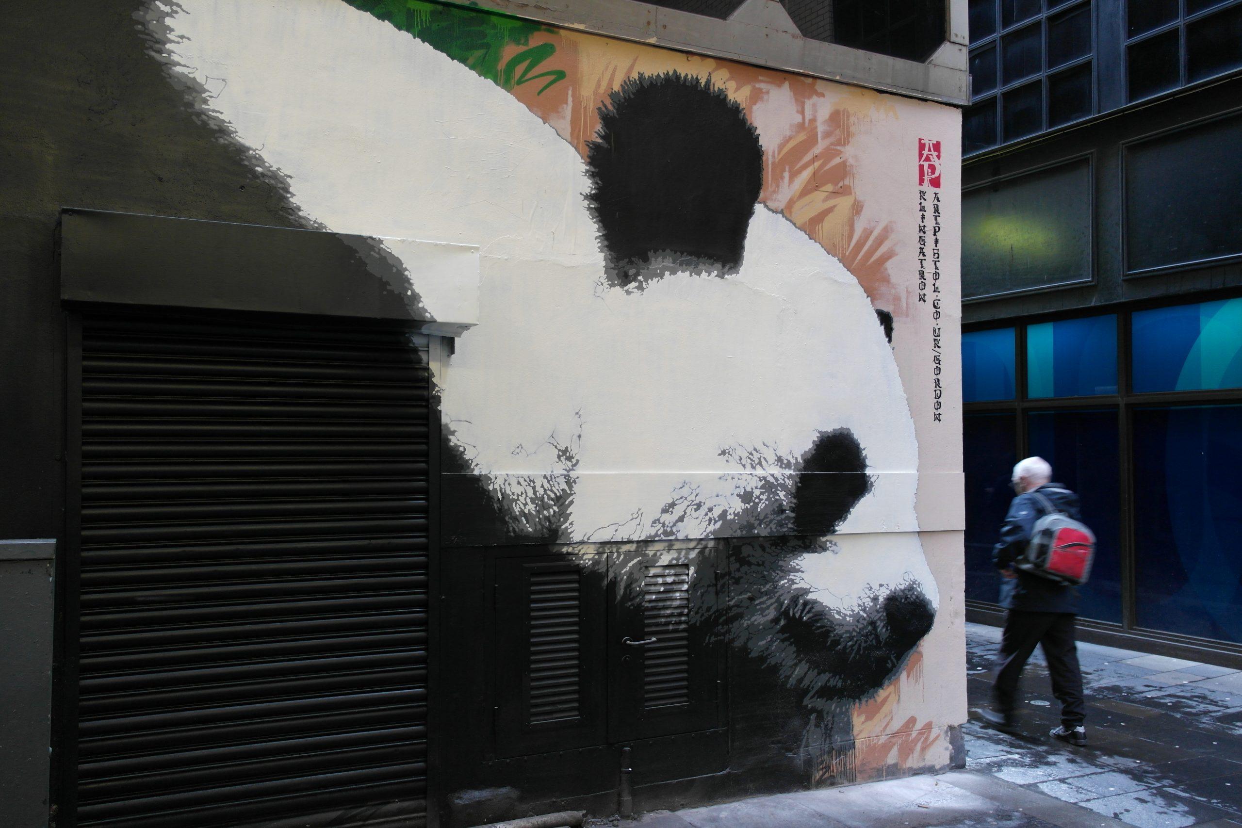 Glasgow Panda street art