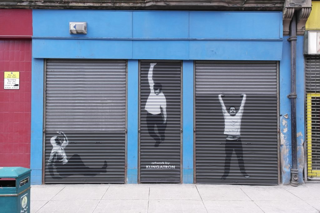 Shutter street art