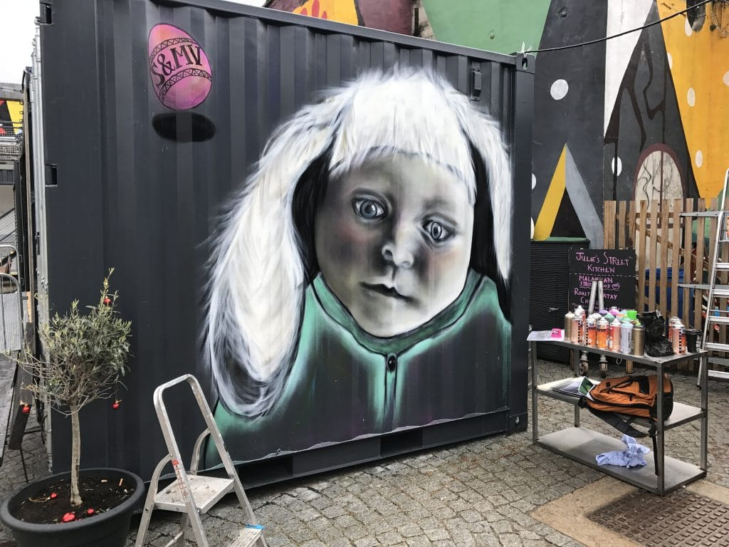 painting on containers