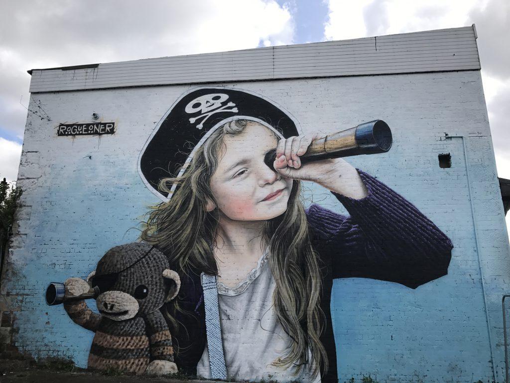 pirate girl mural Barras Glasgow