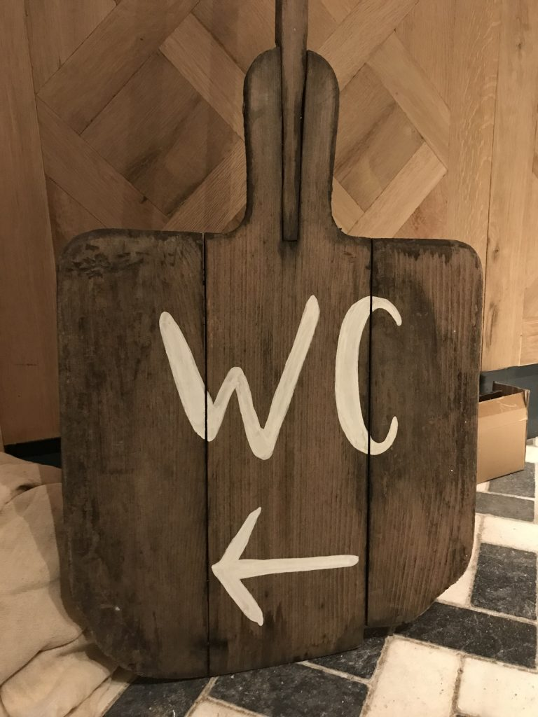 wc sign writing